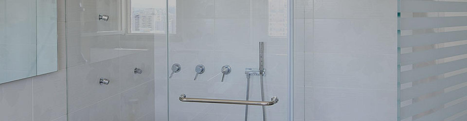 מקלחון פינתי זול